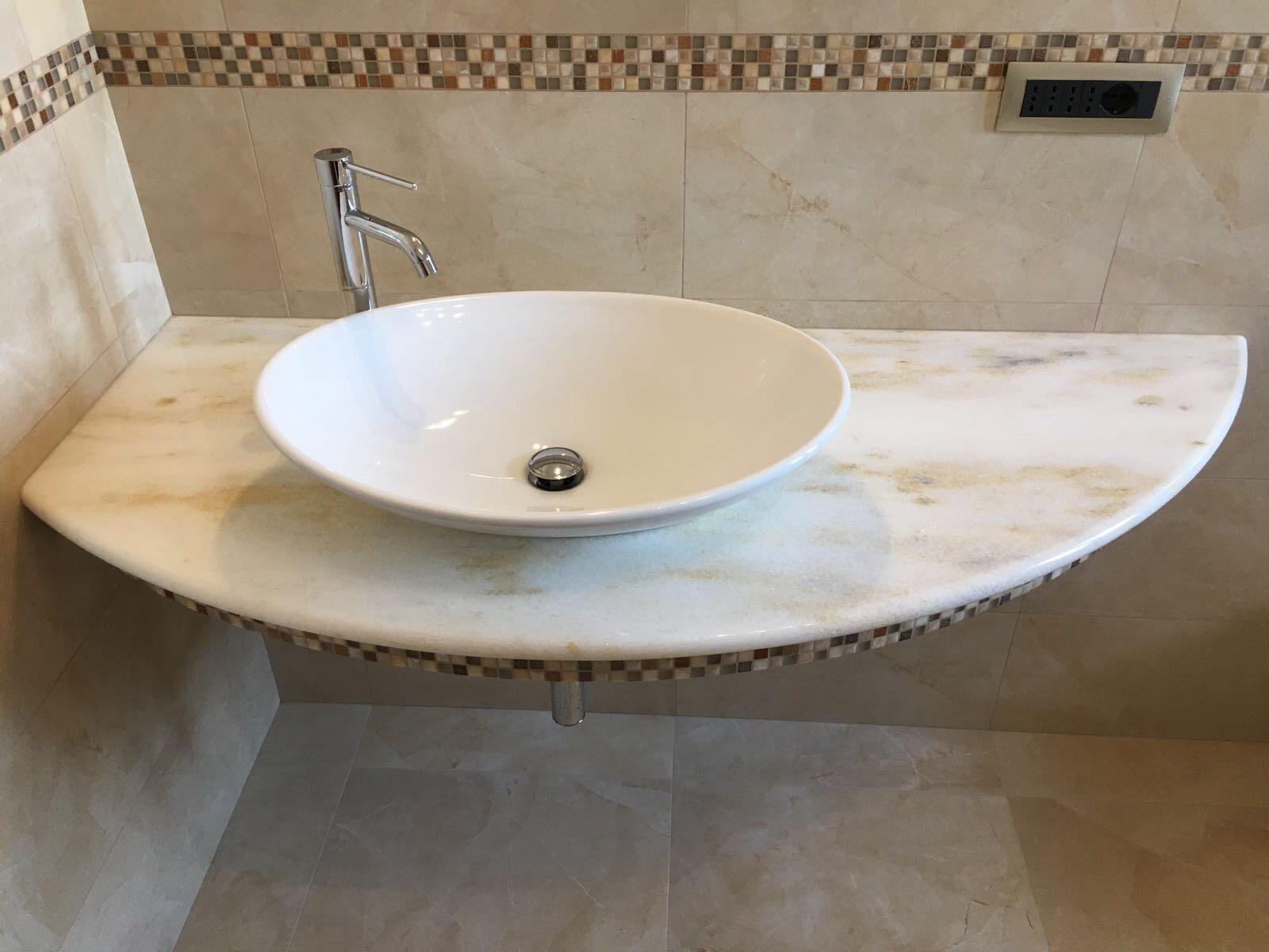 top bagno e rivestimenti